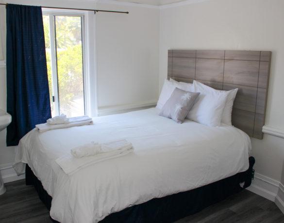 Mini-Suite-Bedroom-1