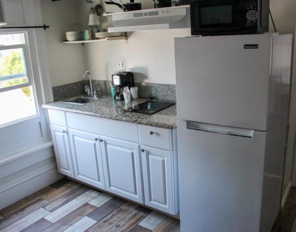 Mini-Suite-Kitchentte-Full