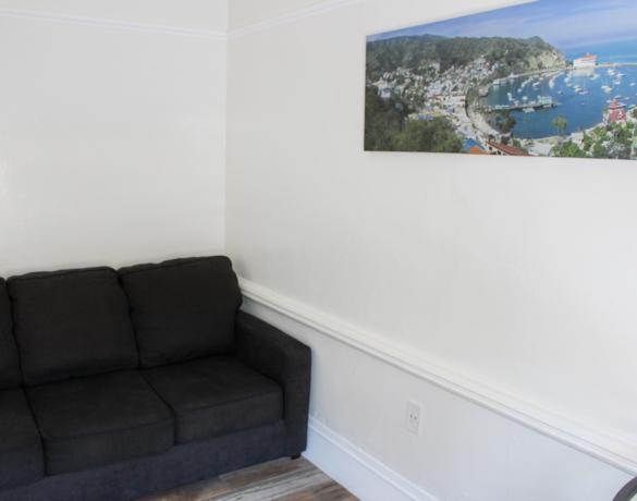 Mini-Suite-Couch
