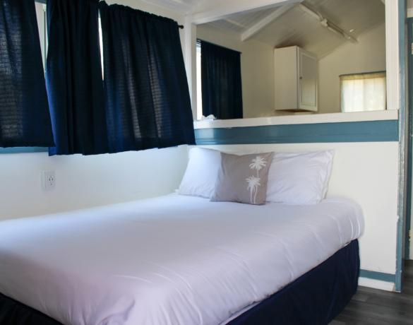 Preferred-Cottage-Queen-Bedroom